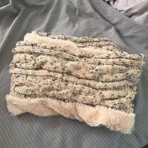Soft and warm UGG scarf